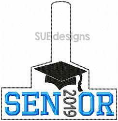 Senior 2019 snap tab-senior 2019 Snap tab keyfob feltie felt embroidery design 4x4 5x7 6x10 pattern hoop small tiny mini triple bean rag raggy stitch patch in the hoop pocket vintage sketch applique planner clip paperclip book mark bookmark vinyl key fob chain 2020 graduate graduation graduating cap gown black red blue keychain 12th grade 12 class school gift teacher teach student kid child boy girl